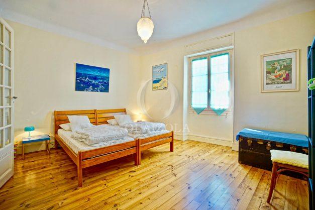 location-vacances-biarritz-maison-plein-centre-ville-terrasse-jardin-7-personnes-plein-sud-unique-rare-022