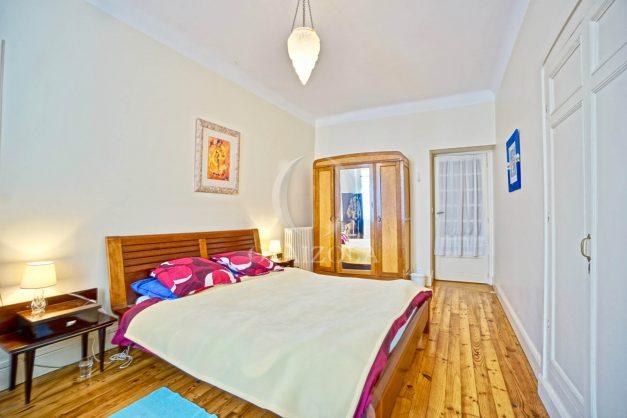 location-vacances-biarritz-maison-plein-centre-ville-terrasse-jardin-7-personnes-plein-sud-unique-rare-025