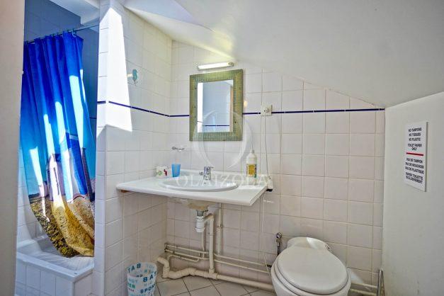 location-vacances-biarritz-maison-plein-centre-ville-terrasse-jardin-7-personnes-plein-sud-unique-rare-031