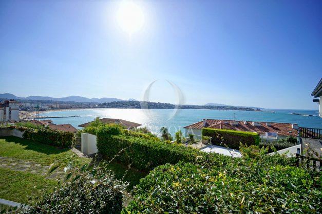 location-vacances-saint-jean-de-luz-vue-mer-spacieux-terrasse-parking-plein-sud-2019-001