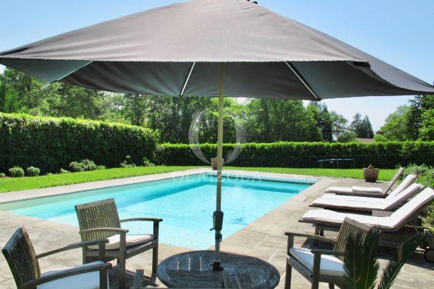 location-villa-luxe-biarritz-piscine-chauffee-calme-grand-terrain-005