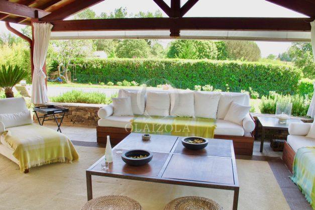 location-villa-luxe-biarritz-piscine-chauffee-calme-grand-terrain-013