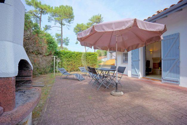location-vacances-anglet-maison-mitoyenne-a-deux-pas-de-la-plage-des-cavaliers-golf-chiberta-parking-terrasse-barbecue-renove-003