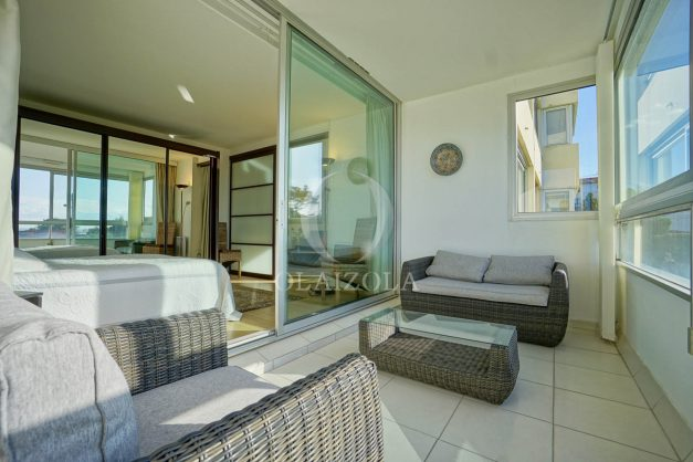 appartement-vue-mer-anglet-chambre-d-amour-location-vacances-biarritz-terrasse-parking-standing-plage-a-pied-2019-009
