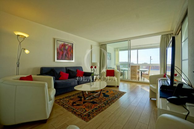 appartement-vue-mer-anglet-chambre-d-amour-location-vacances-biarritz-terrasse-parking-standing-plage-a-pied-2019-025