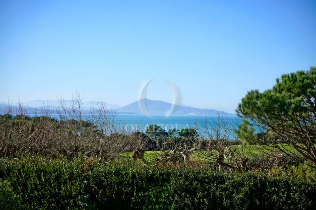 location-vacances-bidart-appartement-vue-mer-ilbarritz-terrasse-piscine-parking-residence-mer-et-golf-plage-a-pied-2020-029
