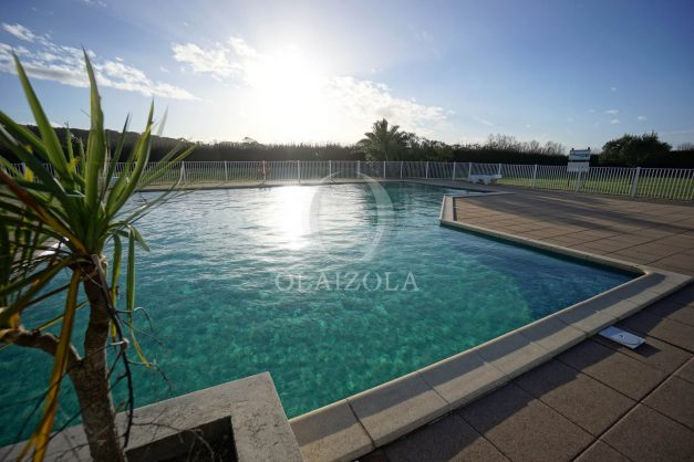location-vacances-bidart-appartement-vue-mer-ilbarritz-terrasse-piscine-parking-residence-mer-et-golf-plage-a-pied-2020-033