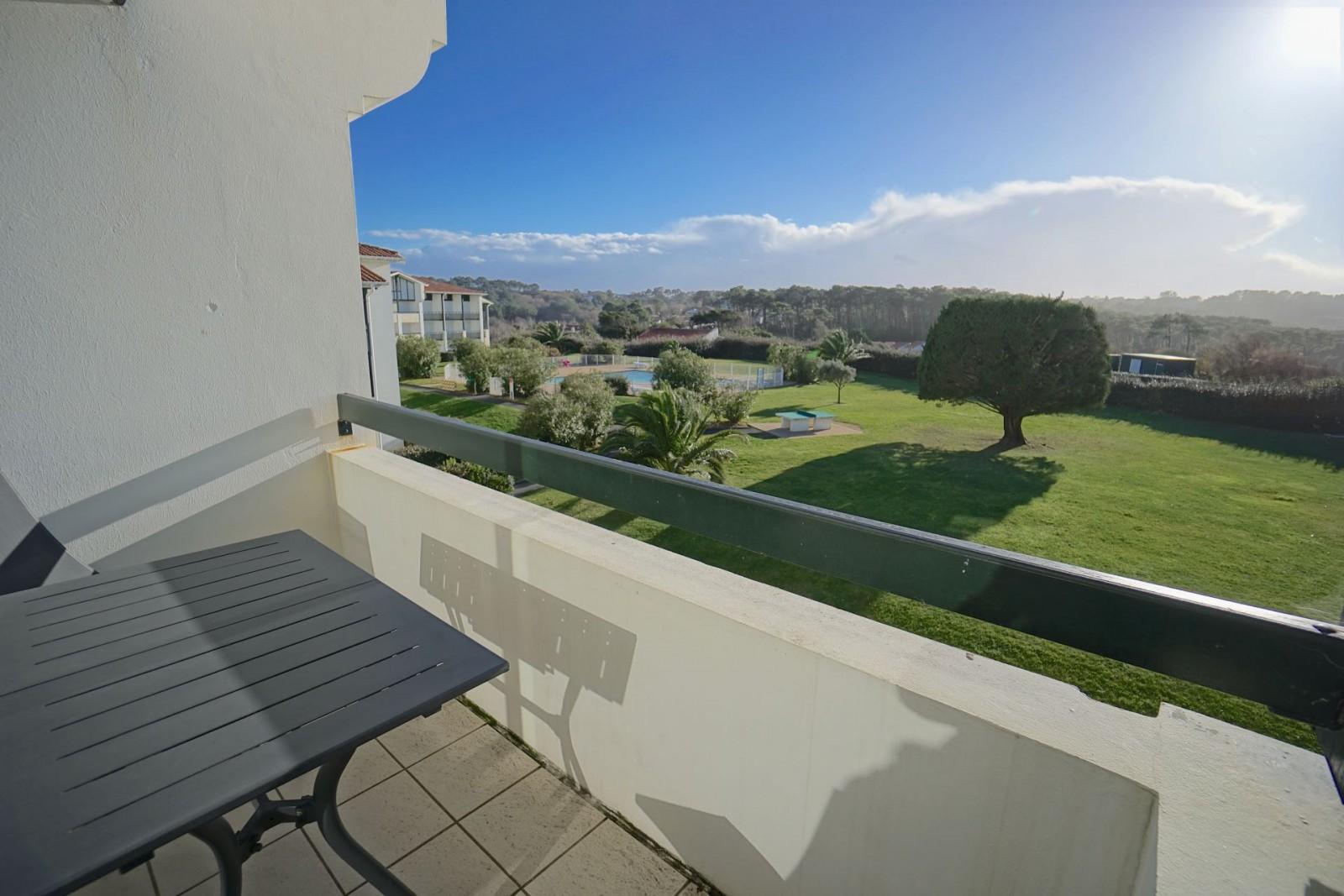 Duplex vue mer et golf agence olaizola location for A portee de vue bidart