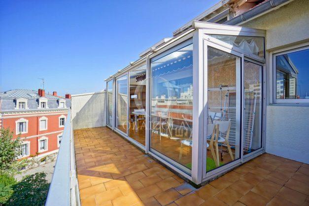location-vacances-biarritz-appartement-vue-mer-2-chambres-terrasse-veranda-plage-a-pied-vacances-de-reve-2019-003