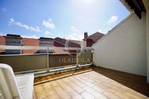 location-vacances-biarritz-appartement-vue-mer-2-chambres-terrasse-veranda-plage-a-pied-vacances-de-reve-2019-028