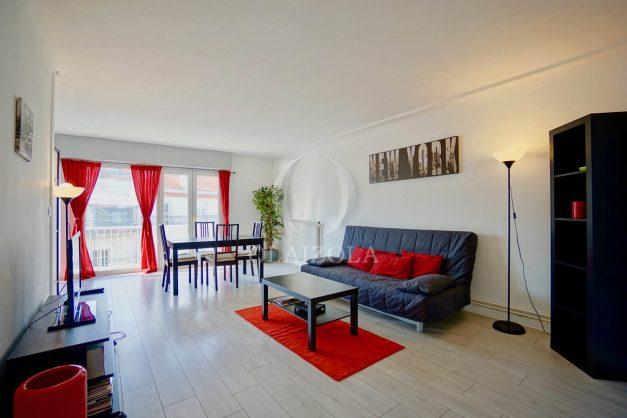 location-vacances-biarritz-appartement-clemenceau-centre-ville-toit-centre-ville-plage-a-pied-balcon-001
