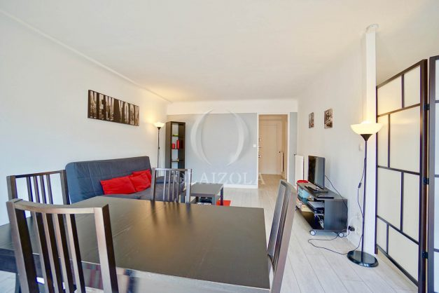 location-vacances-biarritz-appartement-clemenceau-centre-ville-toit-centre-ville-plage-a-pied-balcon-012