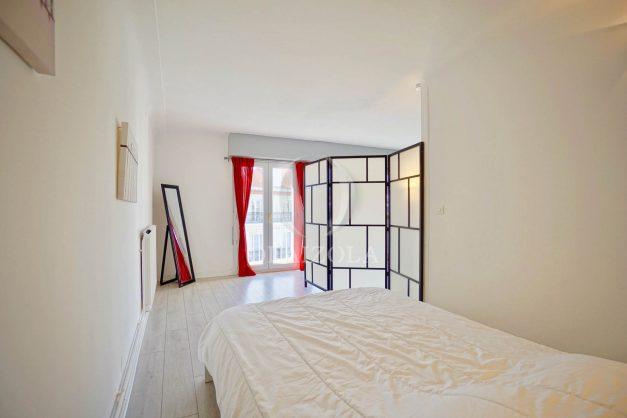 location-vacances-biarritz-appartement-clemenceau-centre-ville-toit-centre-ville-plage-a-pied-balcon-018