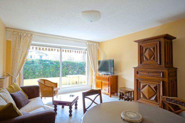 location-vacances-biarritz-appartement-terrasse-parking-proche-centre-ville-plage-a-pied-005