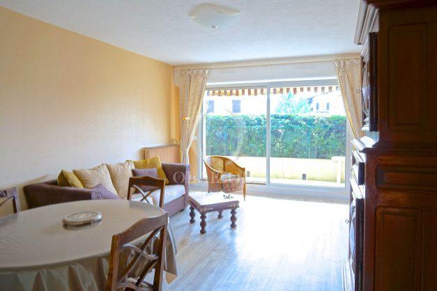 location-vacances-biarritz-appartement-terrasse-parking-proche-centre-ville-plage-a-pied-006