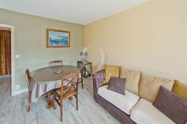 location-vacances-biarritz-appartement-terrasse-parking-proche-centre-ville-plage-a-pied-008