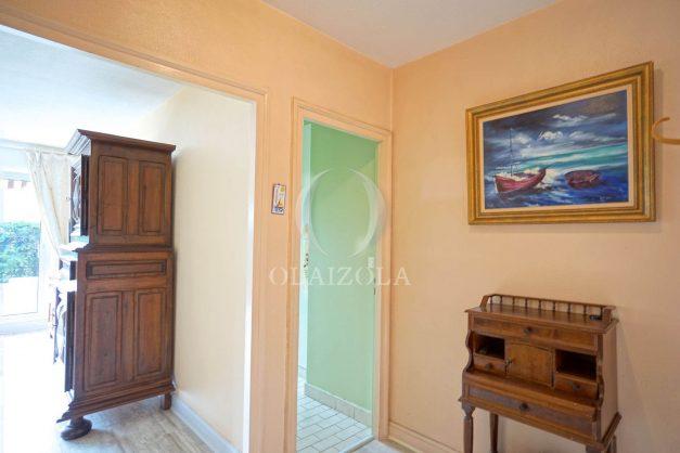 location-vacances-biarritz-appartement-terrasse-parking-proche-centre-ville-plage-a-pied-009