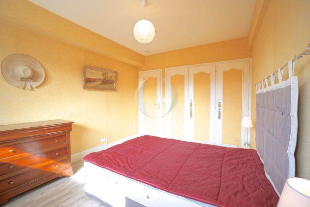location-vacances-biarritz-appartement-terrasse-parking-proche-centre-ville-plage-a-pied-014