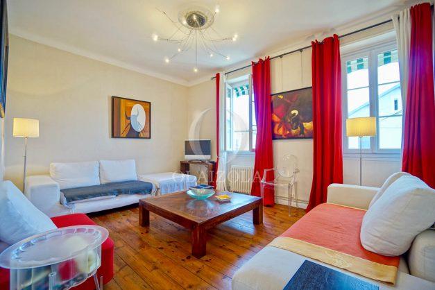 location-vacances-biarritz-appartement-3-chambres-quartier-saint-charles-proche-plages-centre-ville-plage-a-pied-001