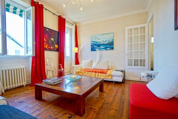 location-vacances-biarritz-appartement-3-chambres-quartier-saint-charles-proche-plages-centre-ville-plage-a-pied-003