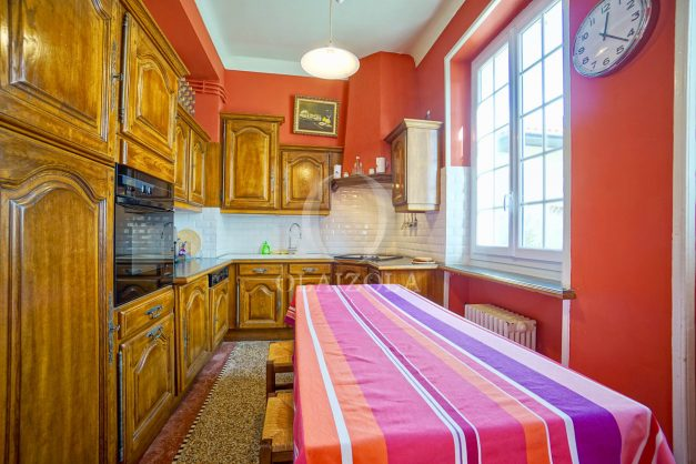 location-vacances-biarritz-appartement-3-chambres-quartier-saint-charles-proche-plages-centre-ville-plage-a-pied-007