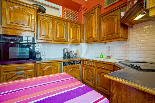 location-vacances-biarritz-appartement-3-chambres-quartier-saint-charles-proche-plages-centre-ville-plage-a-pied-009