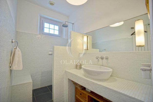 location-vacances-biarritz-appartement-3-chambres-quartier-saint-charles-proche-plages-centre-ville-plage-a-pied-014
