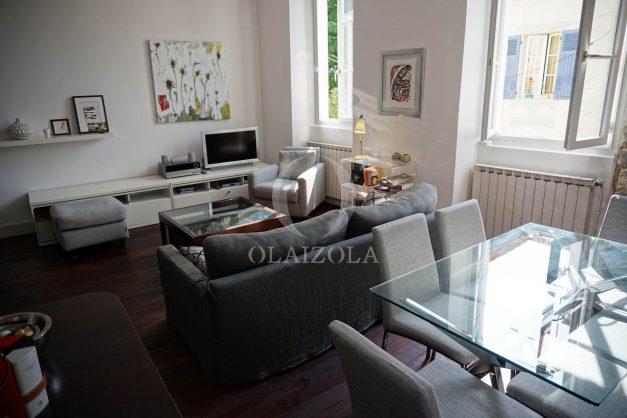 location-vacances-biarritz-appartement-souplexe-centre-ville-moderne-ideal-famille-plage-a-pied-005