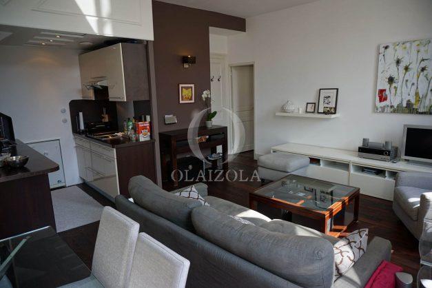 location-vacances-biarritz-appartement-souplexe-centre-ville-moderne-ideal-famille-plage-a-pied-006