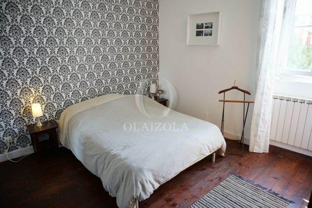 location-vacances-biarritz-appartement-souplexe-centre-ville-moderne-ideal-famille-plage-a-pied-011