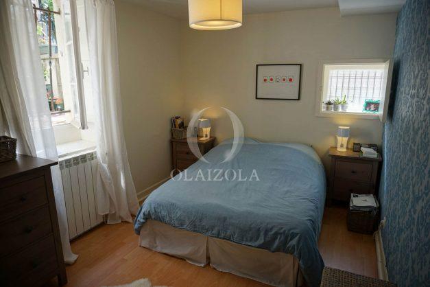 location-vacances-biarritz-appartement-souplexe-centre-ville-moderne-ideal-famille-plage-a-pied-014