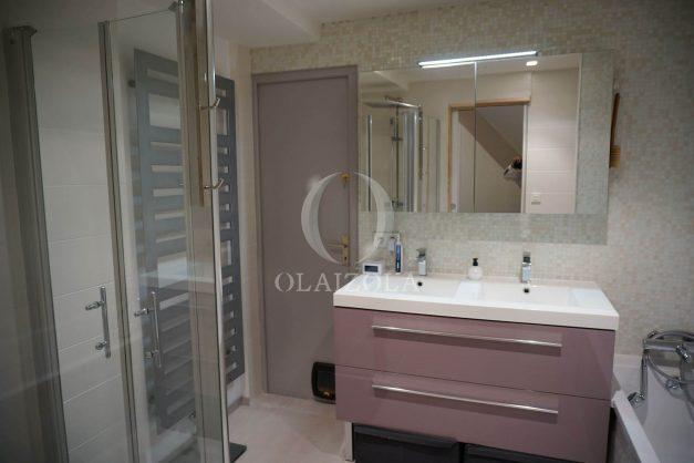 location-vacances-biarritz-appartement-souplexe-centre-ville-moderne-ideal-famille-plage-a-pied-016