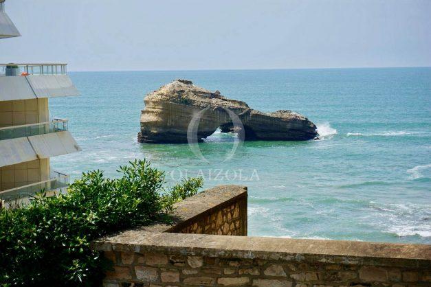 location-vacances-biarritz-vue-mer-biarritz-jardin-parking-miramar-centre-ville-plages-a-pied-001