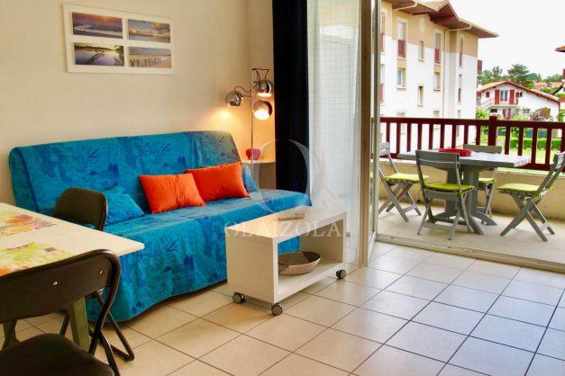 location-vacances-ciboure-appartement-proche-plage-centre-ville-piscine-terrasse-parking-006
