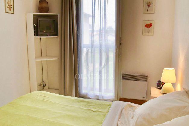 location-vacances-ciboure-appartement-proche-plage-centre-ville-piscine-terrasse-parking-010