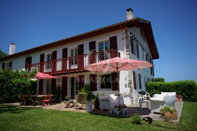 location-vacances-ciboure-urrugne-villa-jardin-campagne-parking-4-chambres-terrasse-plein-sud-ensoleillee-002