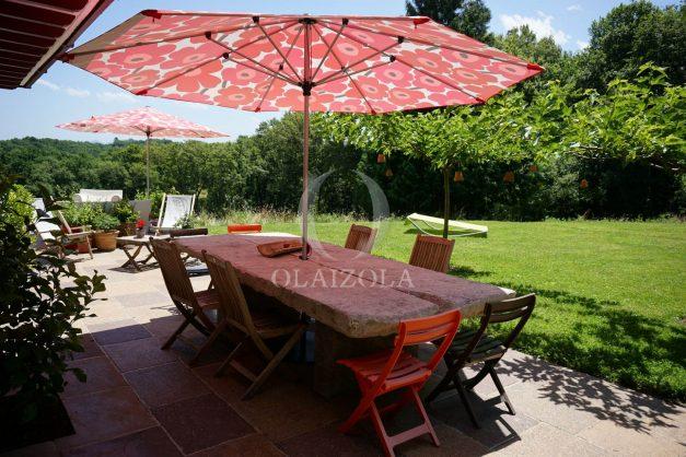 location-vacances-ciboure-urrugne-villa-jardin-campagne-parking-4-chambres-terrasse-plein-sud-ensoleillee-004