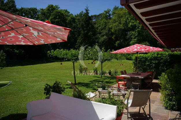location-vacances-ciboure-urrugne-villa-jardin-campagne-parking-4-chambres-terrasse-plein-sud-ensoleillee-008