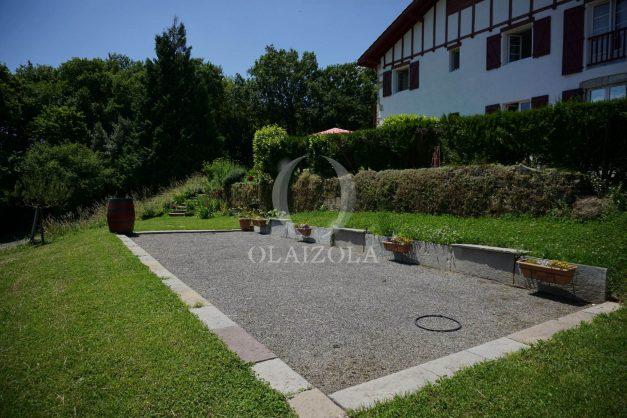 location-vacances-ciboure-urrugne-villa-jardin-campagne-parking-4-chambres-terrasse-plein-sud-ensoleillee-016