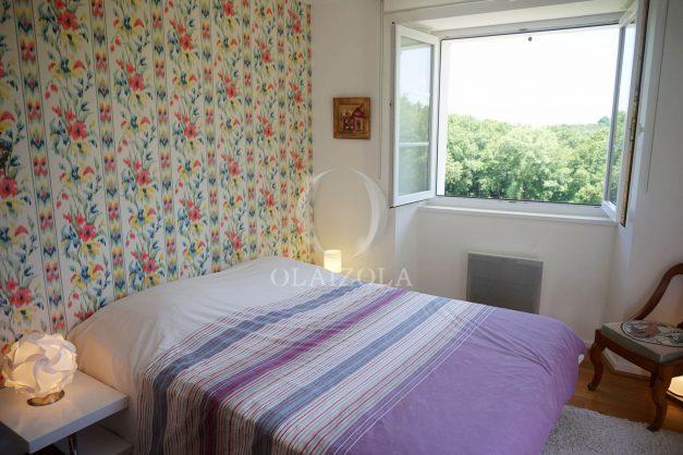 location-vacances-ciboure-urrugne-villa-jardin-campagne-parking-4-chambres-terrasse-plein-sud-ensoleillee-026