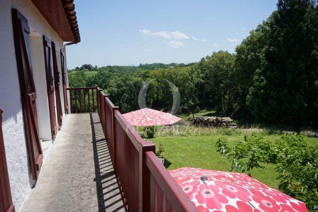 location-vacances-ciboure-urrugne-villa-jardin-campagne-parking-4-chambres-terrasse-plein-sud-ensoleillee-028