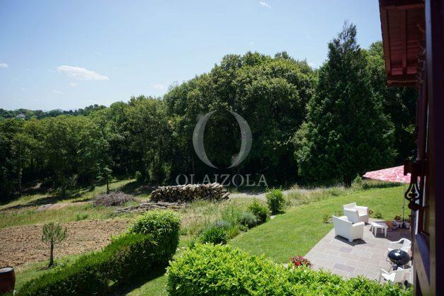 location-vacances-ciboure-urrugne-villa-jardin-campagne-parking-4-chambres-terrasse-plein-sud-ensoleillee-036