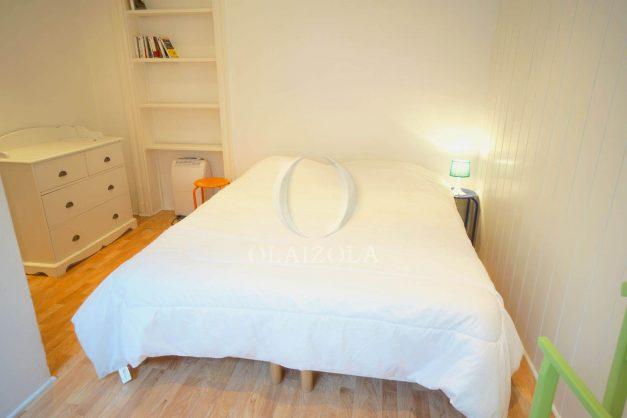 location-vacances-biarritz-appartement-terrasse-garage-scooter-centre-ville-proche-grande-plage-jardin-006