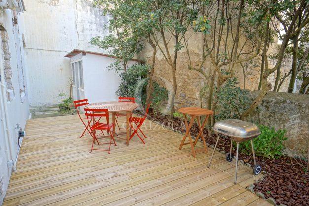 location-vacances-biarritz-appartement-terrasse-garage-scooter-centre-ville-proche-grande-plage-jardin-010