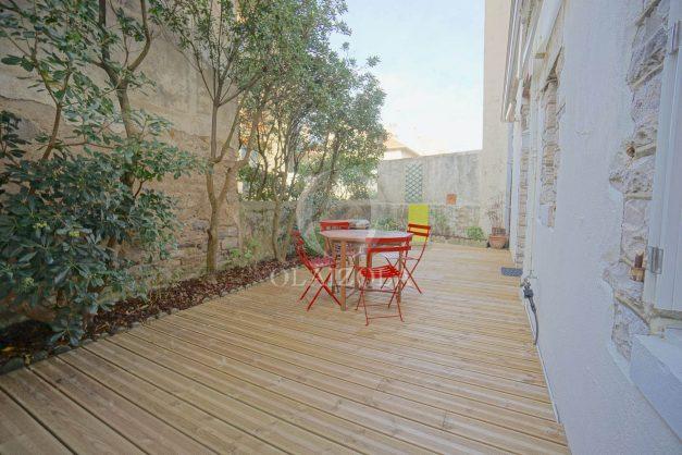 location-vacances-biarritz-appartement-terrasse-garage-scooter-centre-ville-proche-grande-plage-jardin-011