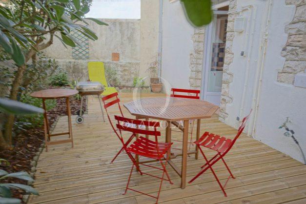 location-vacances-biarritz-appartement-terrasse-garage-scooter-centre-ville-proche-grande-plage-jardin-013