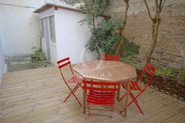 location-vacances-biarritz-appartement-terrasse-garage-scooter-centre-ville-proche-grande-plage-jardin-015
