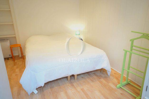 location-vacances-biarritz-appartement-terrasse-garage-scooter-centre-ville-proche-grande-plage-jardin-016