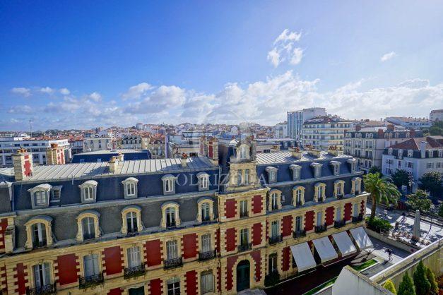 location-vacances-biarritz-appartement-proche-plage-centre-ville-residence-bellevue-clemenceau-casino-golf-grande-plage-a-pied-001