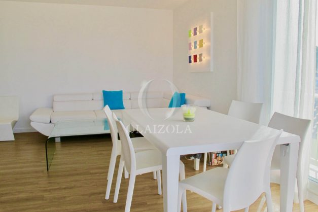 location-vacances-anglet-appartement-luxe-vue-mer-chambre-d-amour-terrasse-parking-standing-plage-a-pied-005